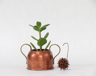 Small Vintage Copper and Brass Planter - Vintage Copper Container - Small Copper Pot - Small Copper Vase - Home Decor - Boho Decor