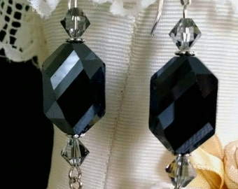 Black Faceted Earring
