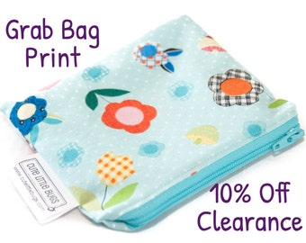 Pocket Wipes Wetbag - Mini - Cloth Diaper - Coin Purse - Zippered - Wet Bag - Waterproof - Travel - Custom - Grab Bag - Clearance - Discount