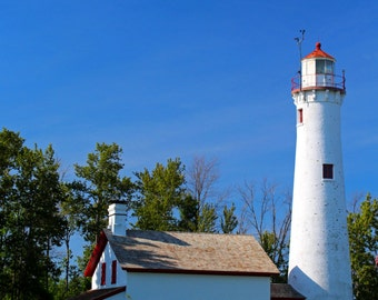 Sturgeon Lighthouse--Vertical (FREE SHIPPING in the U.S. only)
