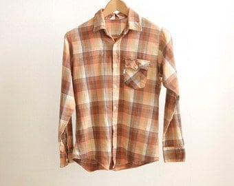 vintage LEVI strauss plaid small WOMEN'S levi's button up USA classic basic flannel shirt