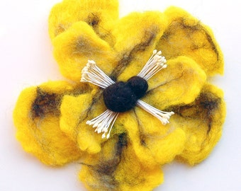 Flower brooch pin felt, hand felted wool jewelry item, flower pin brooch, poppy brooch, brooch bouquet, felt flower hair-clip, gifts for her