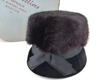 Stunning Mod 60s Fur Topped Velvet Cloche with Large Bow Vintage Elise Moliere with Hat Box