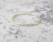 9ct White Gold Wedding Ring - 1.2mm Slim White Gold Band - Hammered or Smooth - Skinny Band Ring