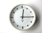Original. Rare. Station Clock. Industrial Vintage. German. Pragatron (CW106)
