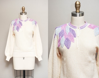 Vintage 1970s Knitted Sweater w/ Pastel Embroidered Foliage Design | 70s Cream Folk Sweater | Small