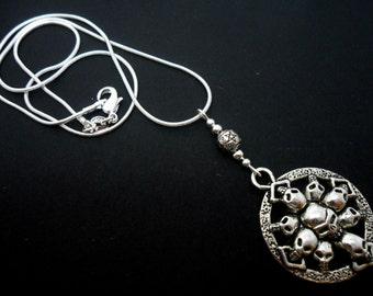 A lovely skull themed  tibetan silver   pendant necklace.