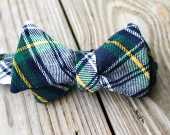 Green Flannel Winter Bow Tie
