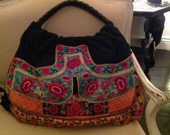 Large vintage embroidered bag- Poetry