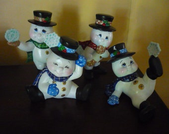 4 Snowmen  Ready to paint