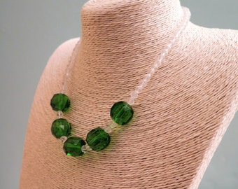Vintage Necklace - Vintage Green Necklace - Vintage Green Glass Necklace - Green Necklace - Glass Necklace - Emerald Green Necklace - 1950s