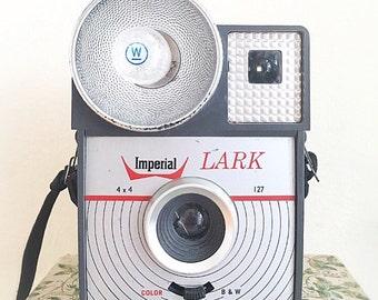 Vintage Imperial Lark camera