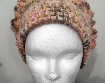 """Bonnet """"CANELLE"""" tricoté main en laine,acrylique et alpaga - création Misty Tuss Tricote"""