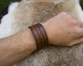 "Hand made ""Tulip"" Pattern Leather Bracelet"