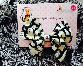 Small Halloween Glow in the Dark Ghost Bow