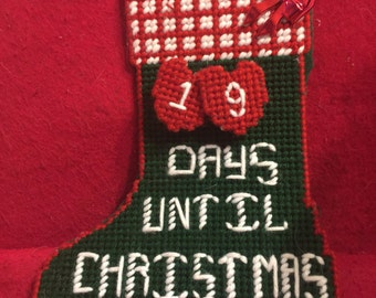Count down to Chistmas in plastic canvas
