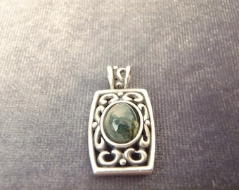 Sterling Silver Moss Agate Pendant P54