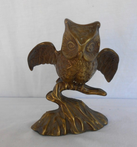 Vintage home decor solid brass owl for Owl decorations for the home