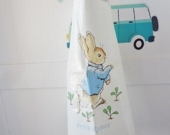 Vintage apron, Peter Rabbit apron, Beatrix Potter, vintage overall,vintage kids apron, world of Beatrix Potter