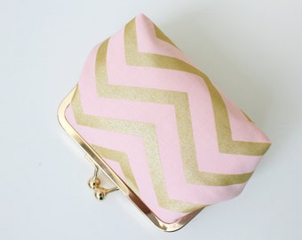 Purse / Metal Frame Purse / Kisslock Purse with Gold and Pink Chevron
