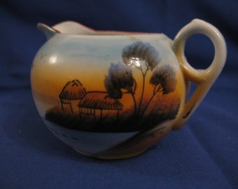 Manually painted Creamer made in Japan