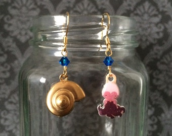 Ursula the Sea Witch - Darling Earrings featuring Characters from Disney's The Little Mermaid