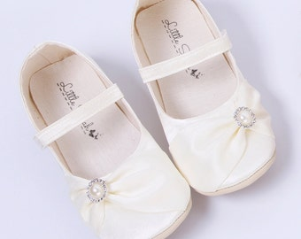 Christening Shoes Baptism Shoes White Baby Shoes Toddler Shoes Ballerina Slippers Flower Girl Shoes Ballet Flats Ivory Shoes