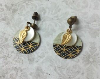 Boho stud  Earrings - dangle and drop - Paper earrings - golden metal earrings
