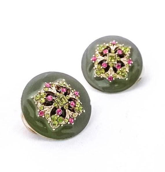 Vintage Green enamel fushia green rhinestone filigree gold colored clip on earrings