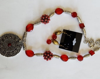 Red and Antique Silver Necklace Set