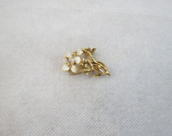 Gold and White Enamelled Flower Brooch