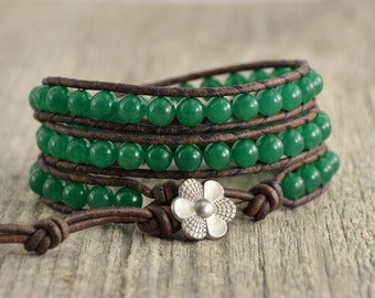 Bohemian beaded bracelet. Emerald green bead jewelry. Leather wrap bracelet