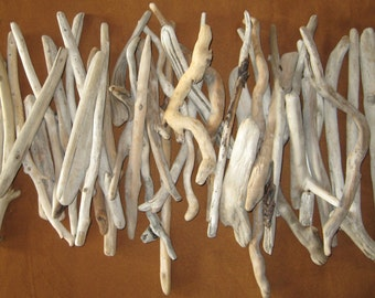"Large Bulk Driftwood, Beach Wedding Decor, Drift Wood Craft Supplies, 30 Driftwood Pieces approx 4"" to 16"""