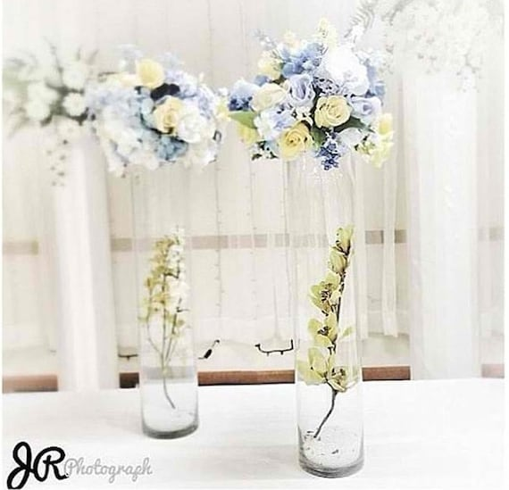 Tall vase glass wedding rose centerpiece