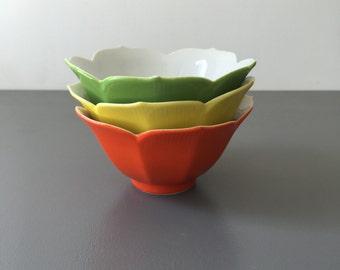 vintage porcelain lotus tulip bowls set of 3 yellow green and orange citrus chinoiserie retro