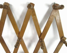 Accordion Peg Rack Wood Wall Rack