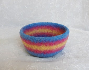 Hand Knit Wool Felted Bowl in a Rainbow of Colors~Striped Wool Felt Bowl~Wool Catch-All Bowl~Sturdy Wool Felted Bowl~Desk Organizer Bowl