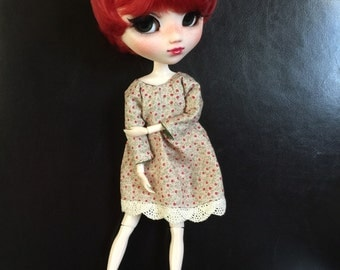 Pullip blythe or Dal dress