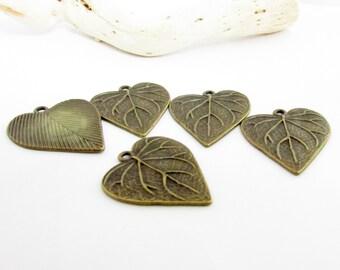 Antique Bronze Leaf, Metal Leaf Charm, Set of 5 Leaf Pendants, Jewelry Finding