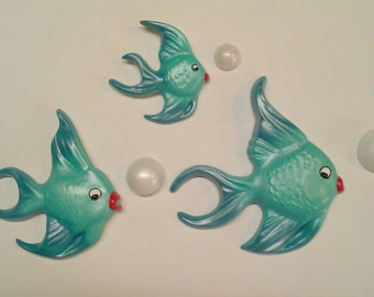 Vintage Style Chalkware Fish Family Wall Hanger Plaques made from vintage molds, Mom, Dad, Baby with bubbles