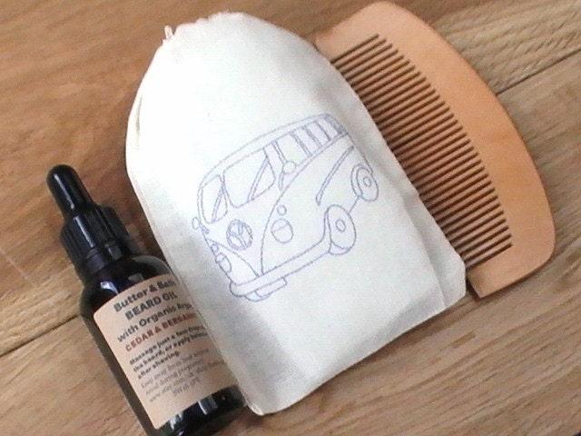 beard grooming kit vegan beard oil set comb natural beard. Black Bedroom Furniture Sets. Home Design Ideas