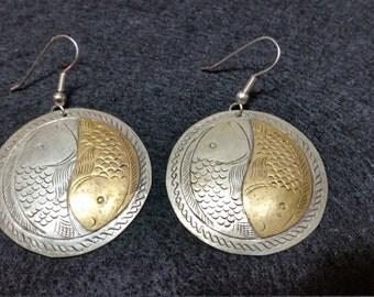 FREE U.S. SHIPPING--Metal Fish Earrings