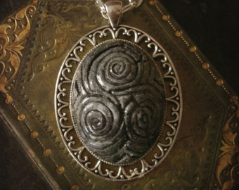 Newgrange Triskele stone necklace