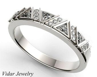Diamond  Wedding band,Diamond wedding ring,Triangle Diamond wedding band,unique wedding band,designed,Luxury.Engagment ring,Triangle Diamond
