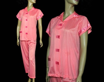 Vintage 1950s Pajamas Nylon Coral Lingerie Art Deco Viva Las Vegas Burlesque Honeymoon