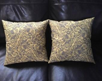 Decorative Throw Pillow Set