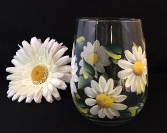 Wine glasses- White daisy flower stemless wine glass  stemless wine glasses  floral wine glasses- hand painted wine glasses  Bridal shower
