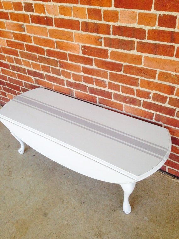 Off White Queen Anne Drop Leaf Coffee Table With Gray Grain