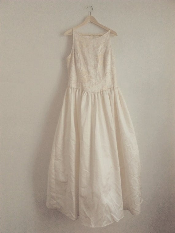 Jessica mcclintock vintage wedding dress size 14 for Jessica mcclintock wedding dresses outlet