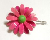 Pink and Green Metal Flower Hair Pin Hot Pink Enamel Flower Bobby Pin Pink Daisy Bridesmaid Retro Bridal Hair Wedding Bobby Pin Barrette